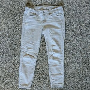 Loft modern skinny ankle cream colored size 27/4